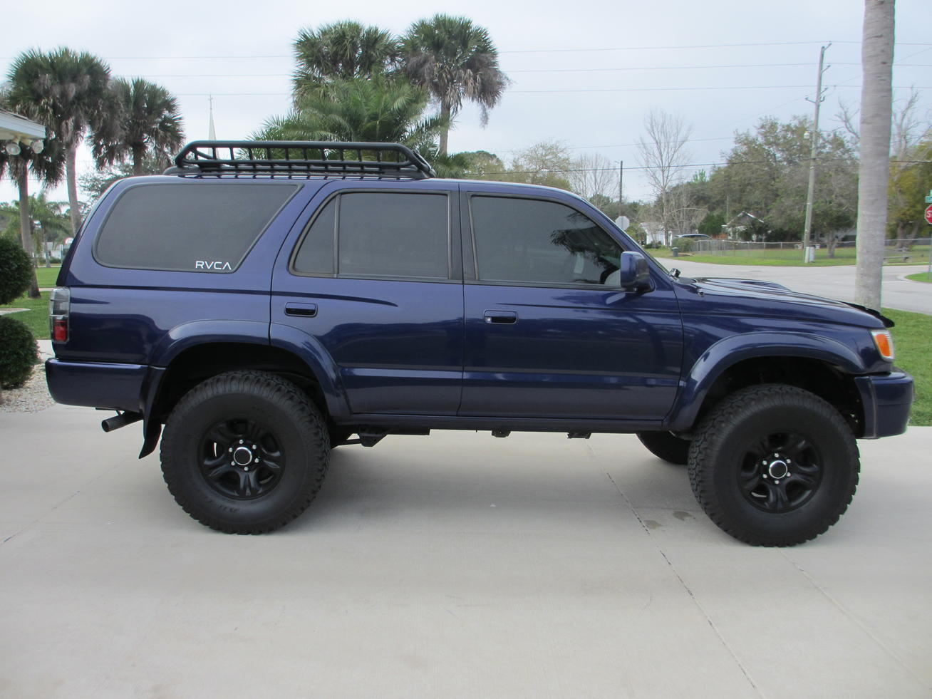 Please Post Pictures Of Your 2001 2002 4runner Sport
