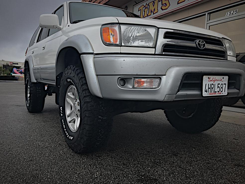 New lift and tires installed-img_0373-jpg