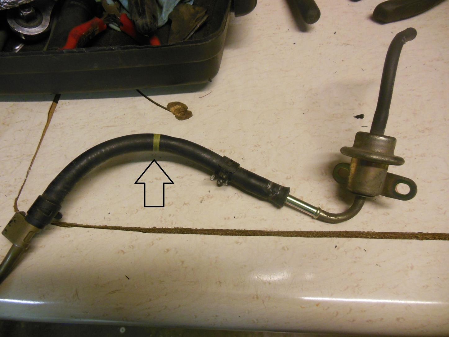Part number fuel return line at Fuel press. Regulator-dscn4551-jpg