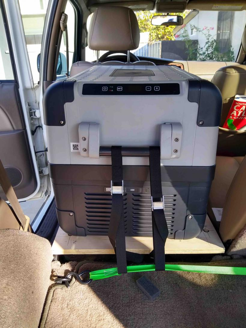 99 Limited rear driver side seat delete-cfx50-02-jpg
