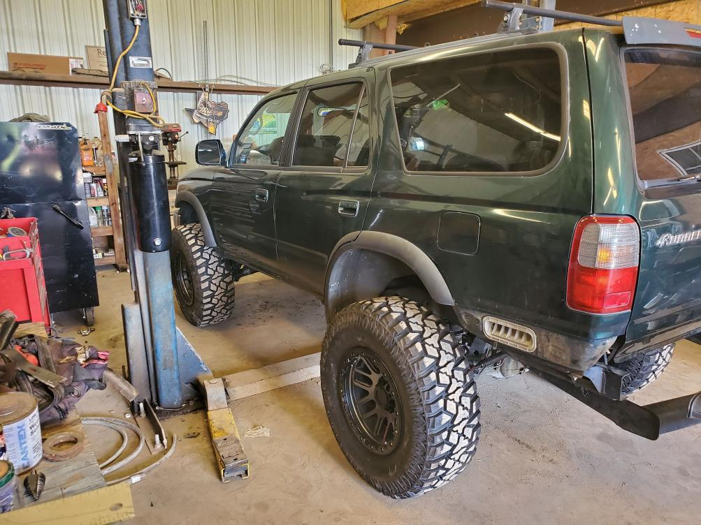 '99 manual SR5 occasional daily driver and weekend crawler build-20190707_165653-jpg