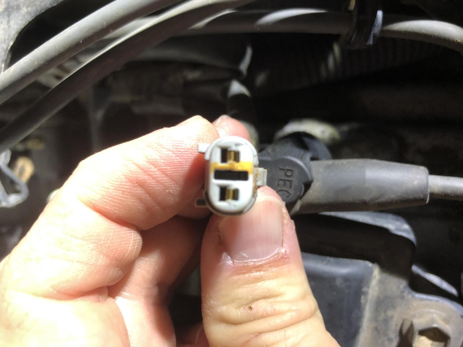 Anyone know the P/N for this connector?-img_8954-jpg