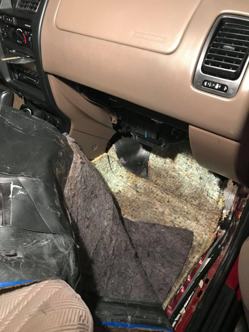 2002 4Runner Front Passenger Side - Carpet Soaked-1-jpg
