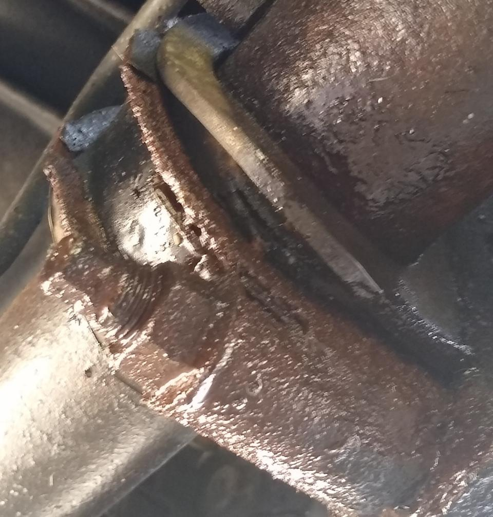 Steering Rack Leak at Bushing??-img_20210330_113246954~2-jpg