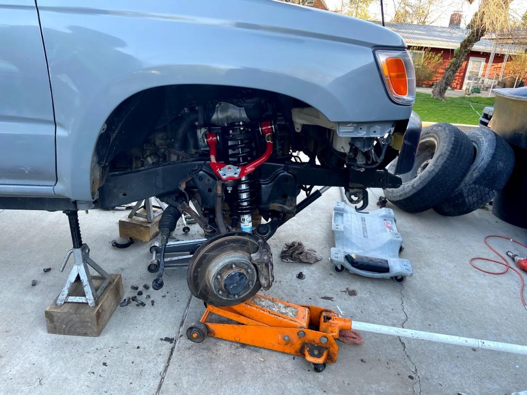 Lifting the Hunk of Junk too High-4runner-front-suspension-2-jpg