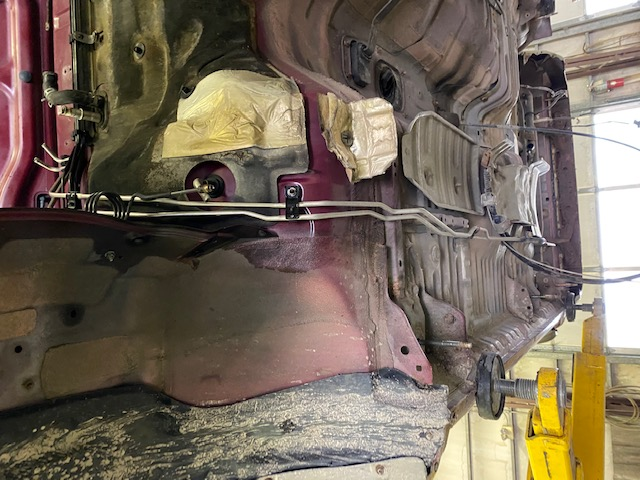 Question about heat shields before putting the body back on the frame...-img_0612-jpg