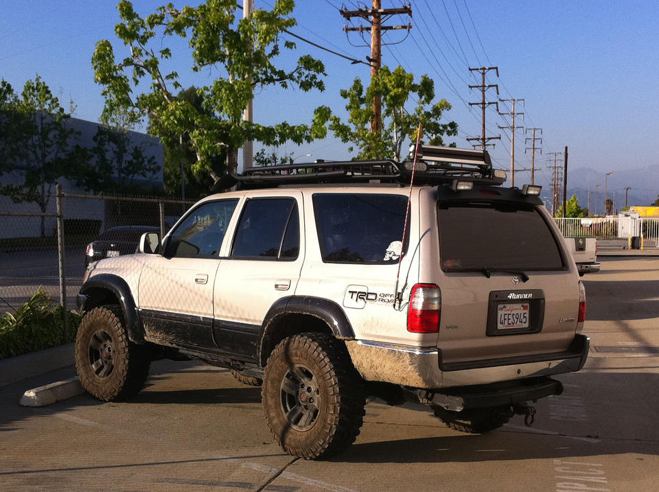 Mitsubishi Pajero Lwb With Roof Rails Ns Nt Nw Nx 1106on Rhino Pioneer Tradie Tray together with Toyota 4runner 3g Stealth Ws in addition Defenderroofrack moreover 1997 Toyota 4runner moreover B00OI8GGGW. on rola roof basket toyota