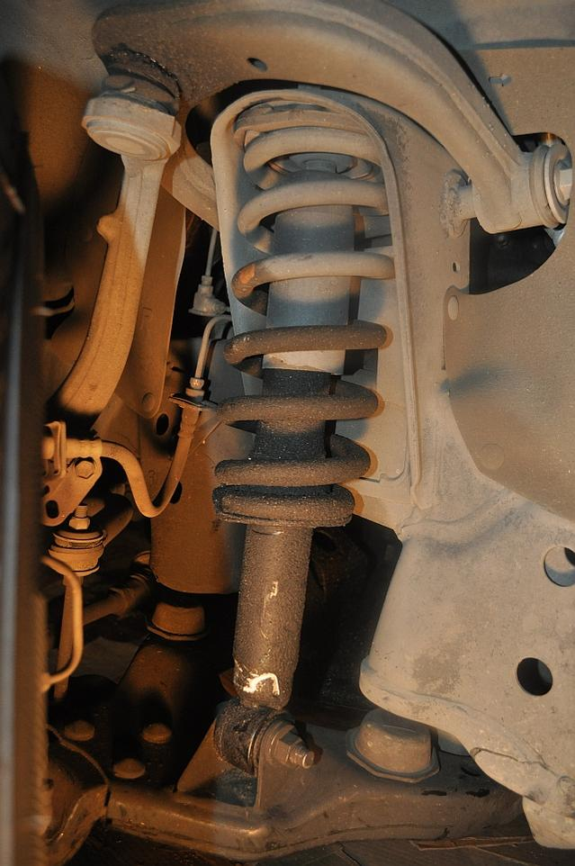D Wd Runner Front Shock Blown Need Parts Suppliers Wd Diy Steps Advice Right Front Strut