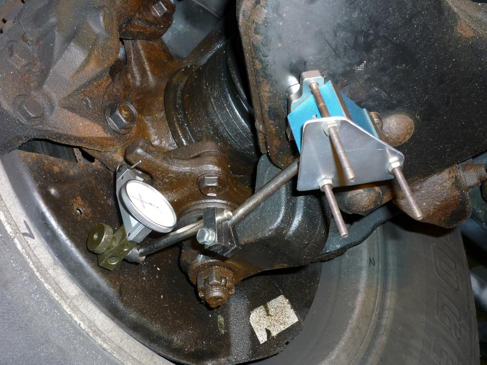 Proper Lower Ball Joint Inspection & Testing Procedure ...