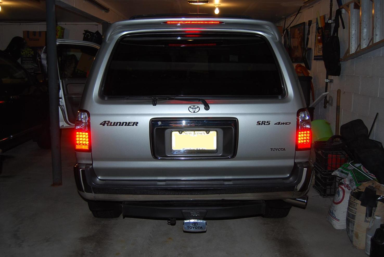 new led tail lights toyota 4runner forum largest 4runner forum Toyota Tacoma Tail Light Lens dsc 0393 126 2 kb