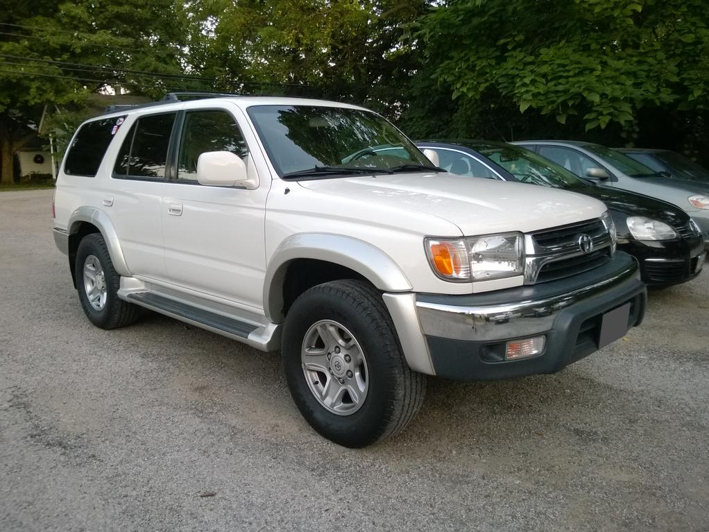 white 4runners paint discoloration toyota 4runner forum largest 4runner forum. Black Bedroom Furniture Sets. Home Design Ideas