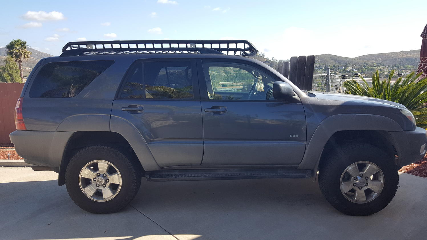 Roof Rack With Stock Rails Toyota 4runner Forum Largest 4runner Forum