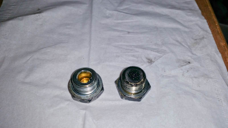 Rear diff drain plug, forgot washer - Toyota 4Runner Forum