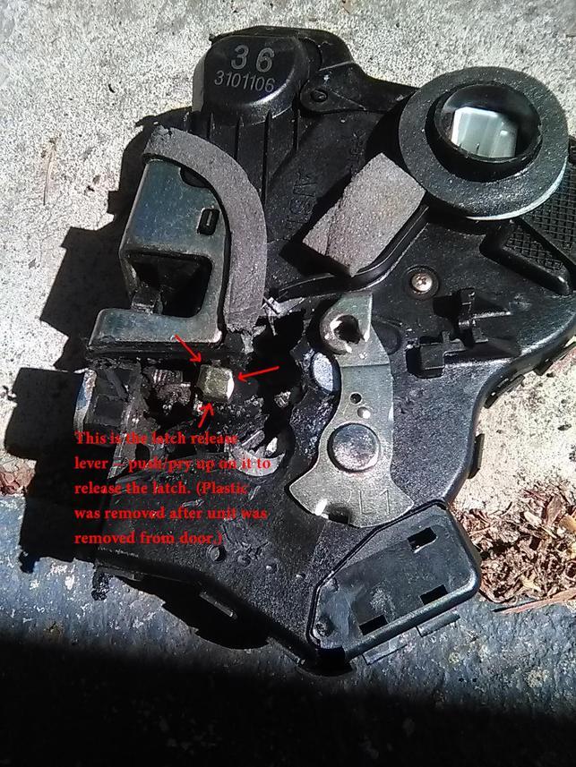 Door lock actuator hell...-release-lever-exposed-view-jpg