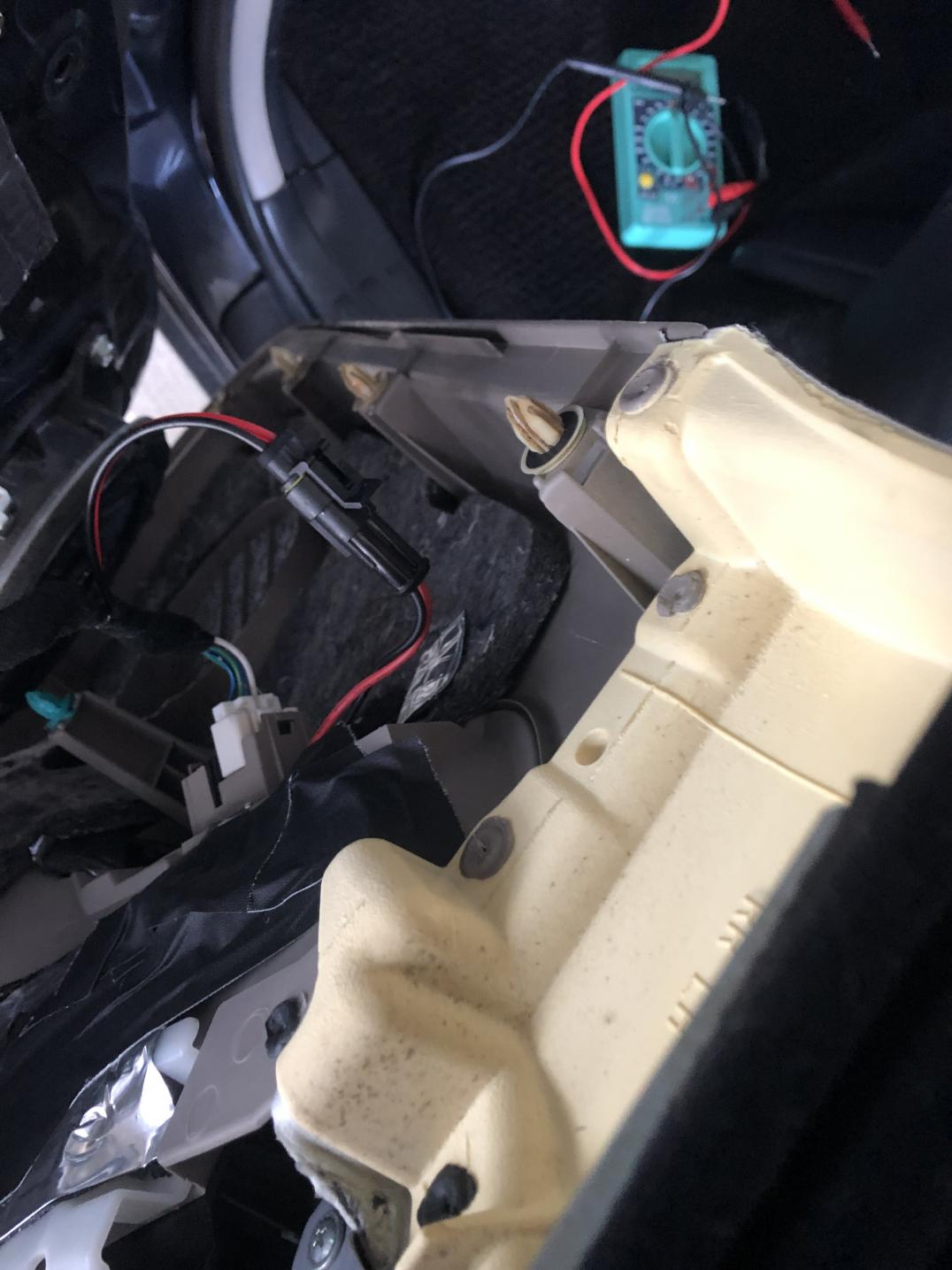 Custom rear seat usb chargers mod!-img_0494-1-jpg