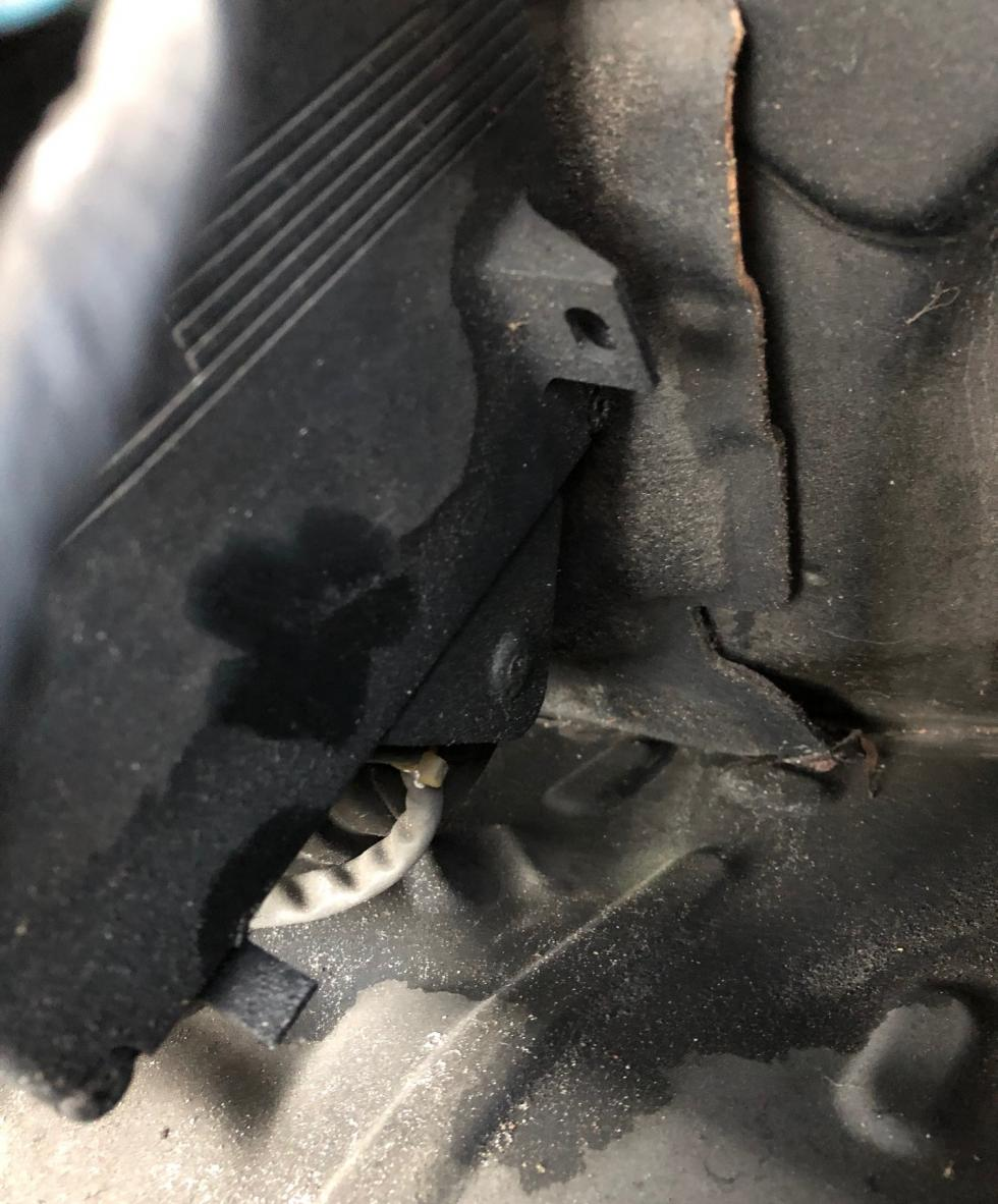Help: VSC/TRAC/ABS/BRAKE lights on plus loud, continuous alarm?-image33-jpg