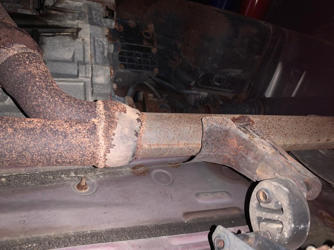 My tail pipe just severed in half??-71dc974e-a3fd-4377-bdf5-61267079a557-jpg
