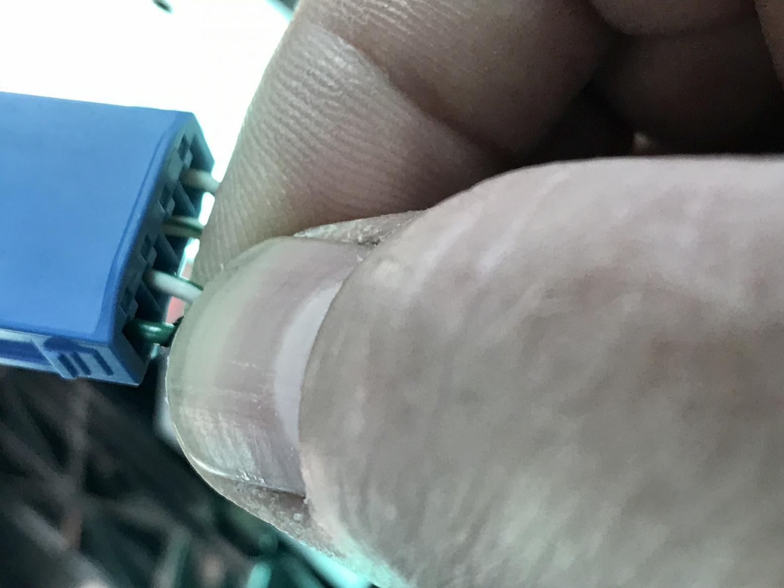 Button/Switch back light wires-cbc2877c-a21d-46e7-a0c4-5c0dc85bf85a-jpg