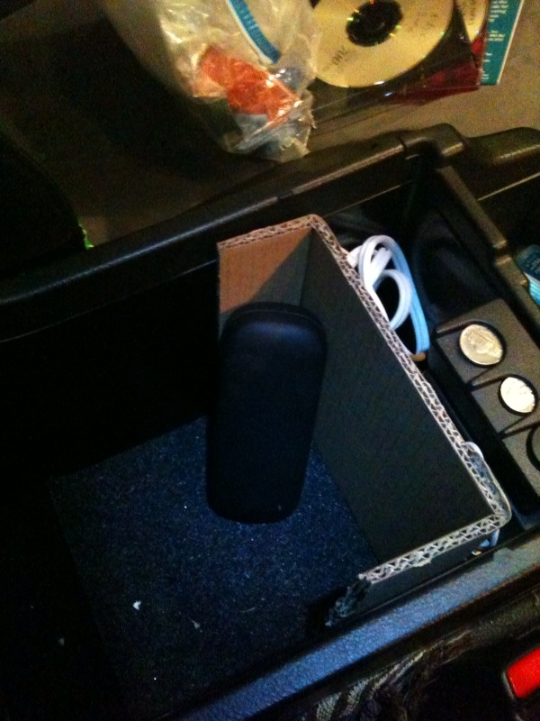 """My solution to organizing the center console """"bucket""""-photo1-jpg"""