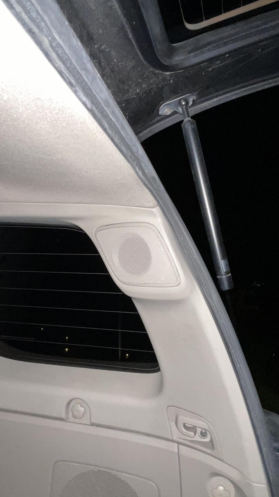 Need help with JBL speaker grill part number-8d6e7843-267f-455f-8169-75edb74b64b6-jpg
