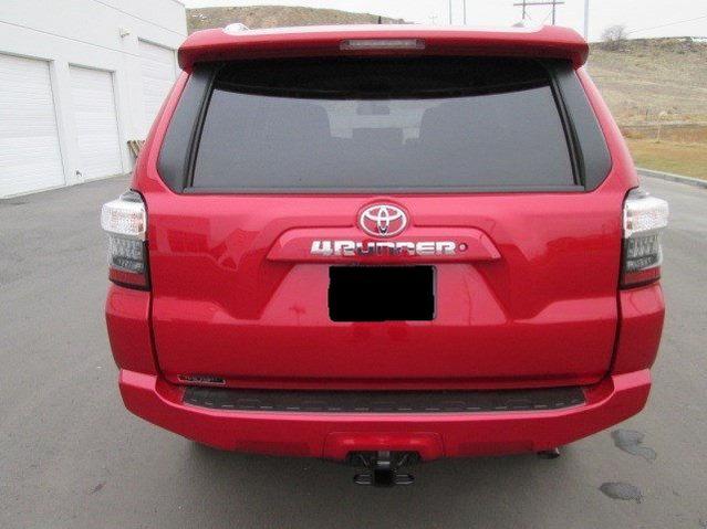 ? Swap SR5 Rear Emblem with LE - Toyota 4Runner Forum ...