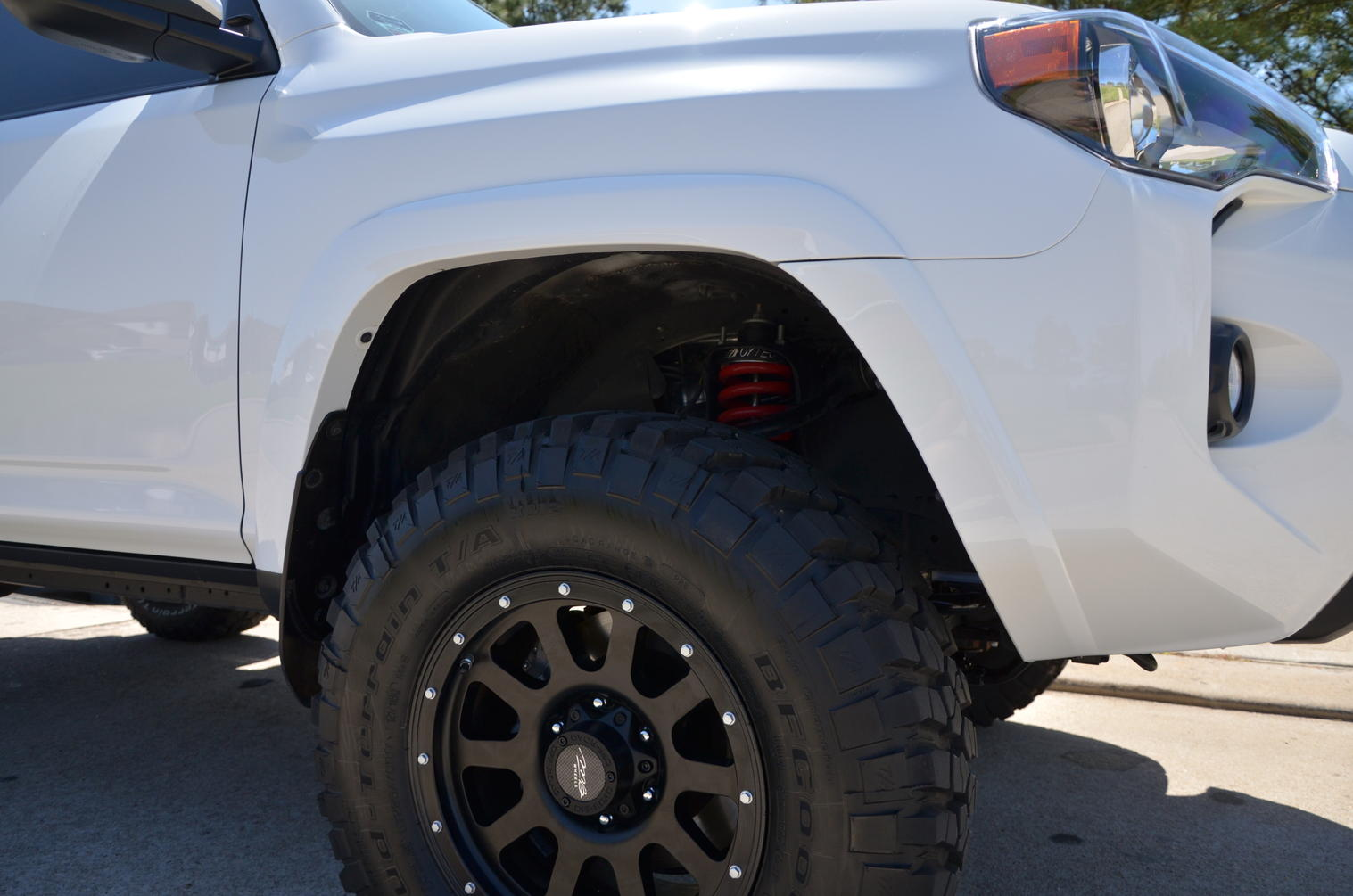 2016 Toyota Ta a Pocket Style Fender Flares P 6284 in addition Get Extreme Get Dirty Get 2017 Toyota Ta a Trd Pro additionally Toyota Fj Winch Mount Bumper as well Photo 08 furthermore Autos Usados Llantas Anchas Nuevas Y Rines De Ta a 17. on toyota tacoma baja suspension