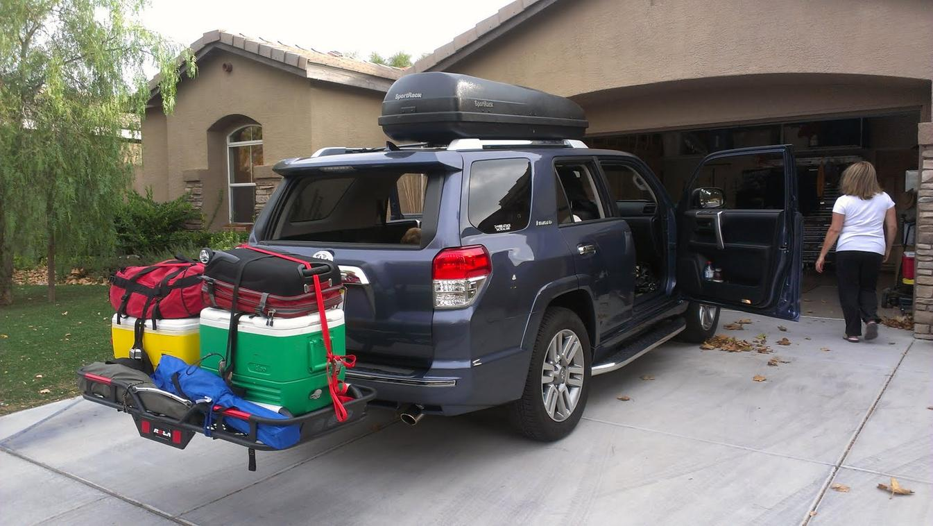 Roof Rack vs Hitch Mounted Cargo Carrier - Toyota 4Runner ...