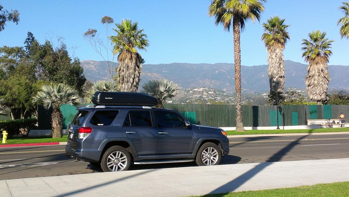 Roof Rack Vs Hitch Mounted Cargo Carrier Toyota 4runner