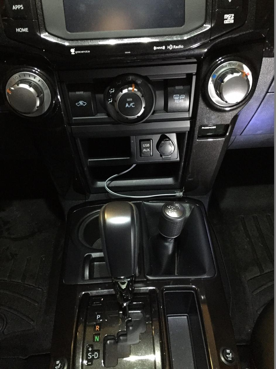 Pictures of my ham radio install - Toyota 4Runner Forum