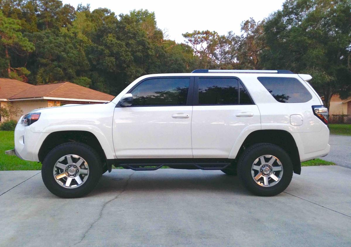 any lifted 4runners with stock tire size page 3 toyota 4runner forum largest 4runner forum. Black Bedroom Furniture Sets. Home Design Ideas