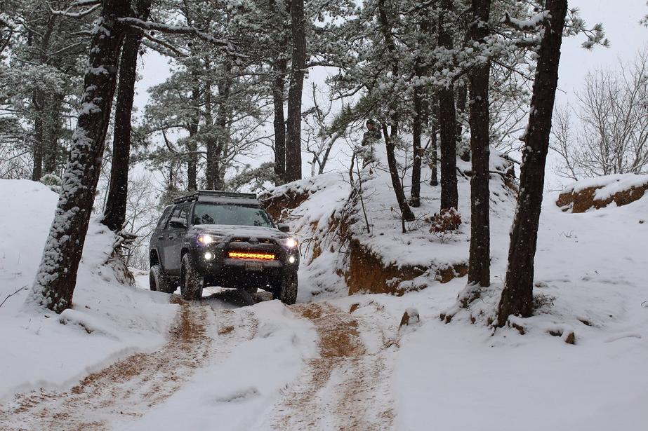 Magnetic Grey 4Runners! Lets see them!-snow-day-2-jpg