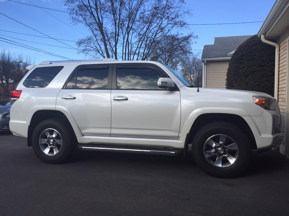 Leveling kit with STOCK tires/ Pictures??? - Page 2 - Toyota