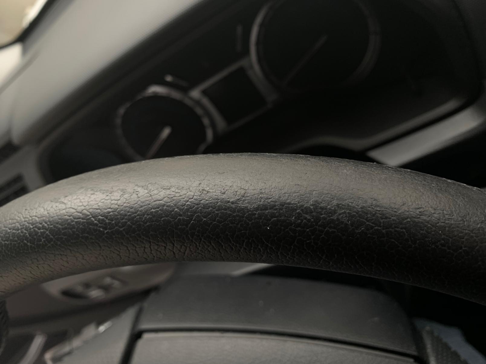 Steering Wheel Pealing?-file-9-jpg