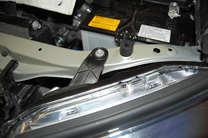 Headlight assembly removal-picture-033-jpg