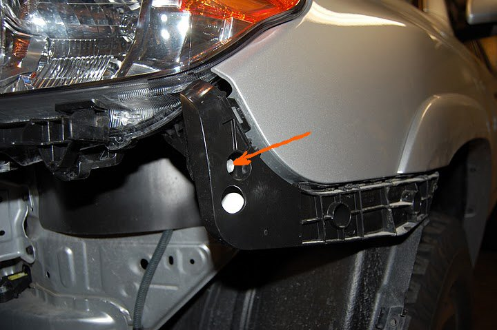 Headlight assembly removal-picture-031-jpg