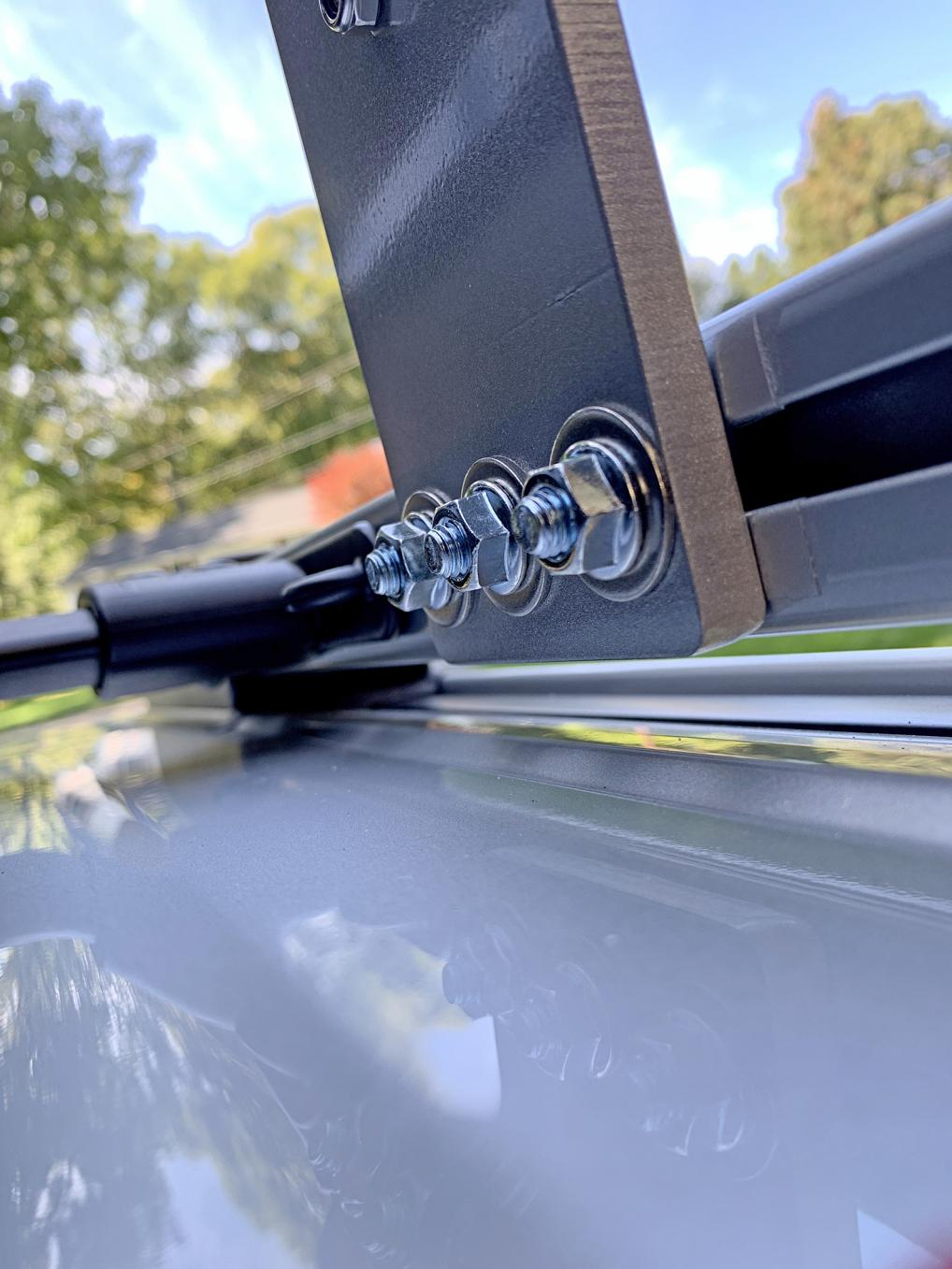 ARB type awning on factory roof rails/crossbars-img_0736-jpg