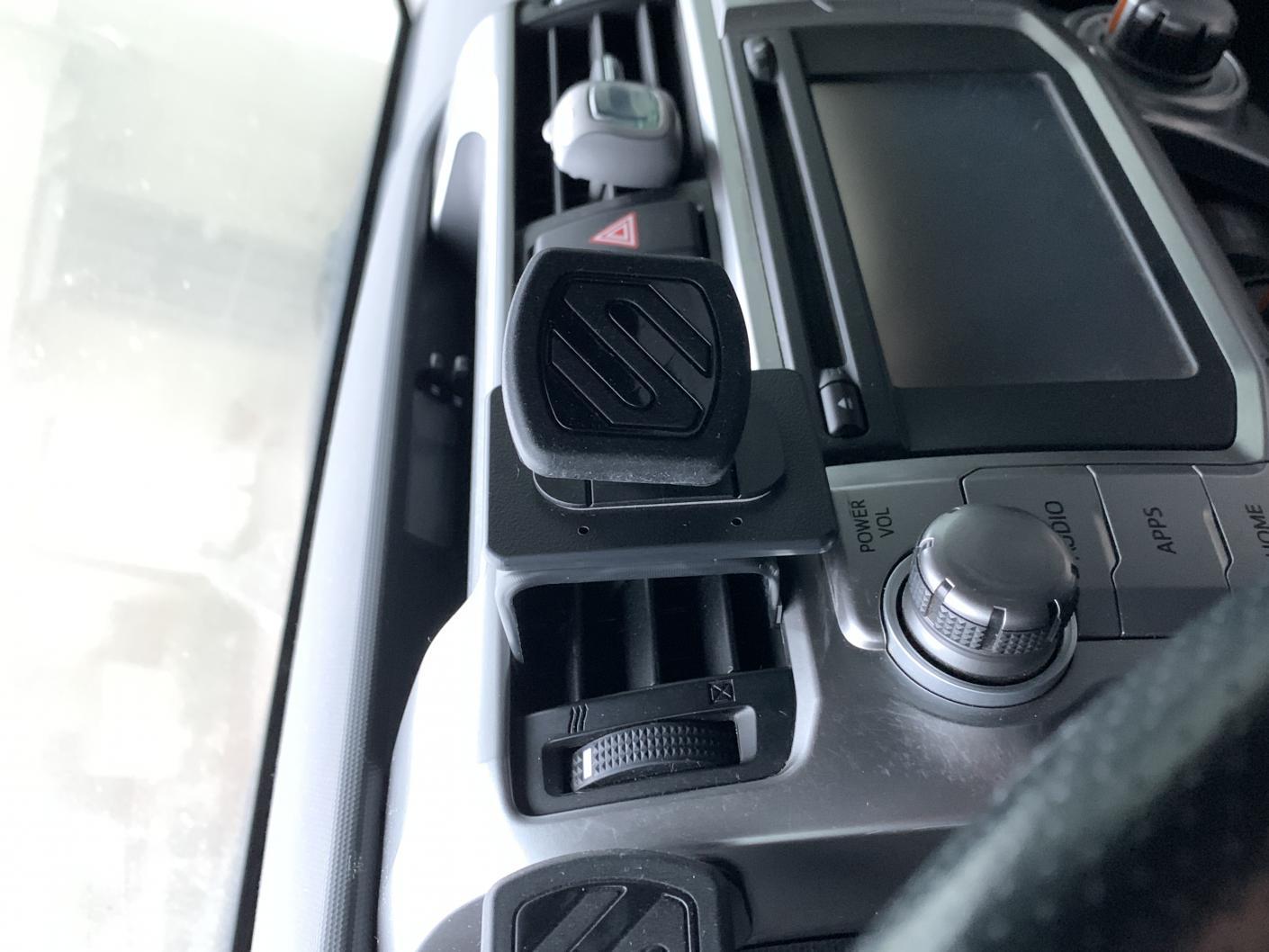 2019 Current phone mount solutions?-e3f6f81d-8135-49ac-bc99-6e89b2ede769-jpg