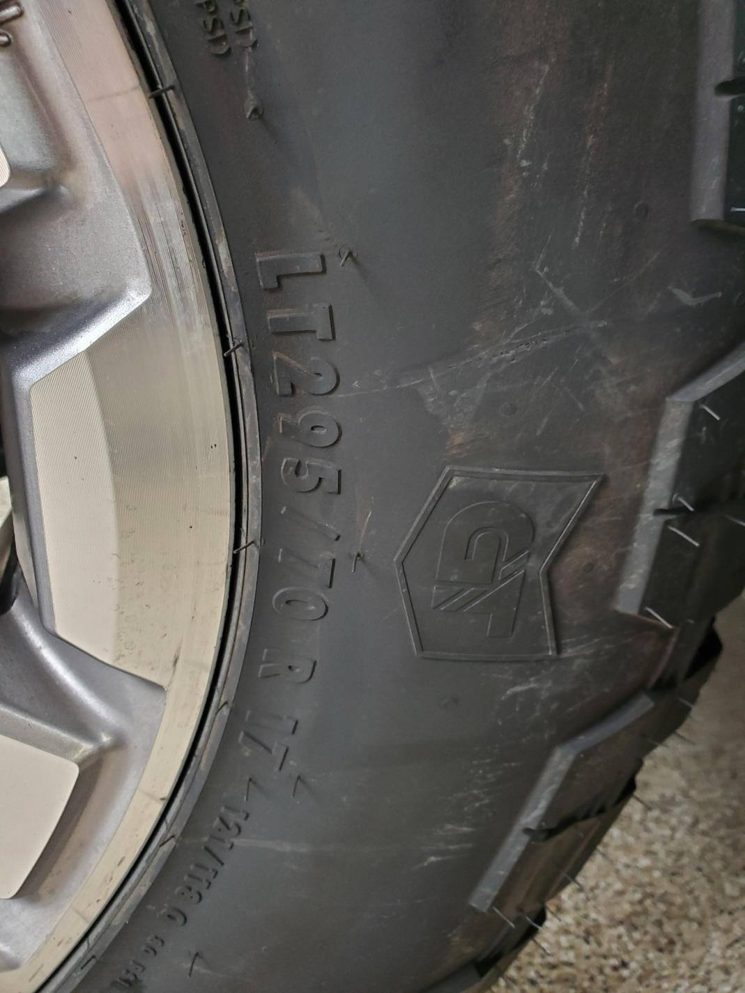 5th Gen For Sale/Wanted Thread-tire-3-jpg