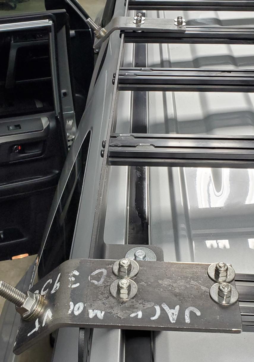Rear Bumper with Modular Swingouts NOW AVAILABLE! NEW VIDEO-jack-mount-3-jpg