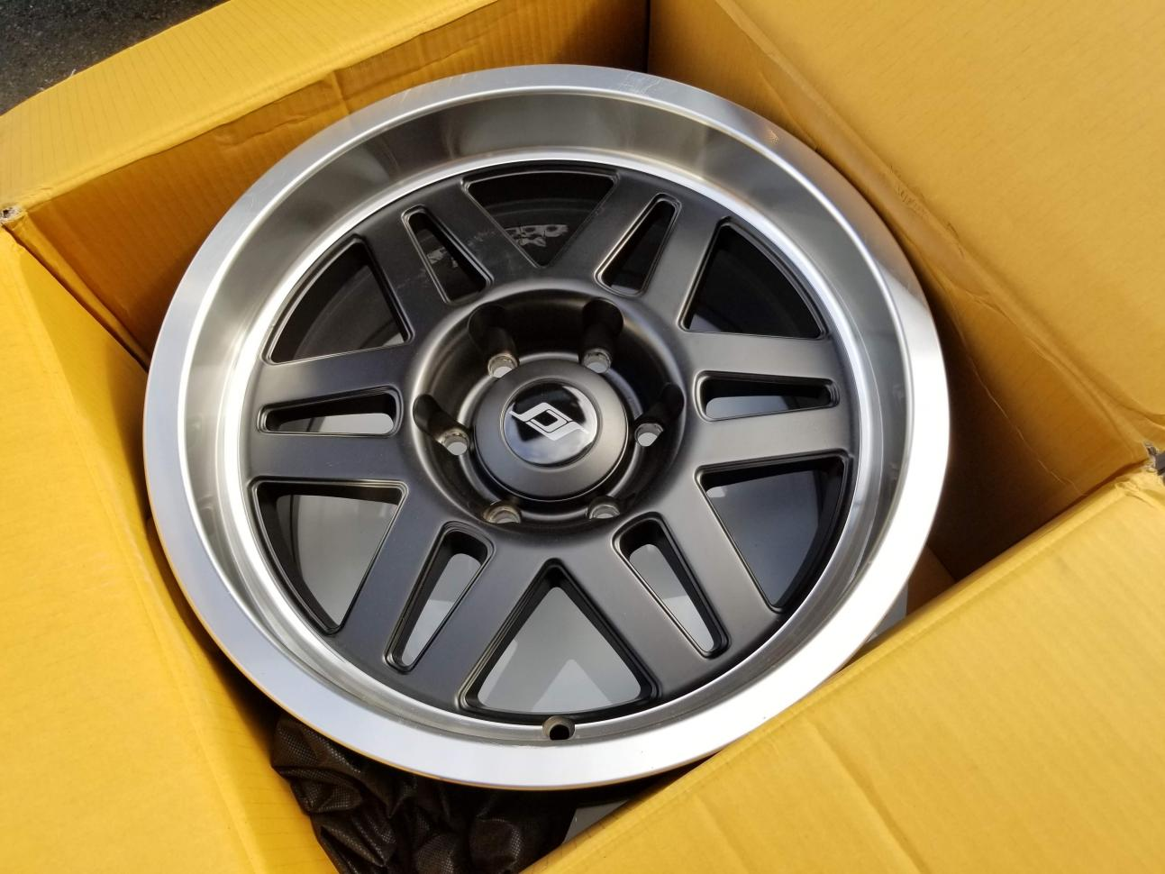 5th Gen Wheel & Tire Thread-s6_05-jpg