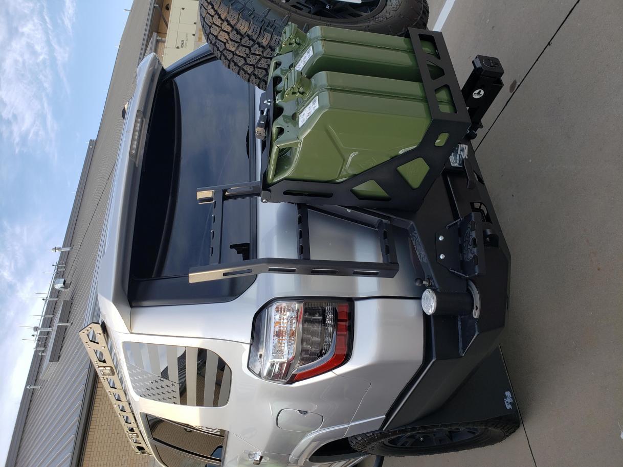 Opinion please: Color match rear bumper or black?-vic4x4rear1-jpg