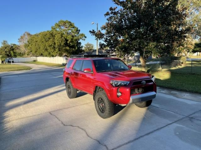 can anyone recommend me a roofrack ?-0191eb4a-2305-4d75-8bb3-75b4121478f1-jpg