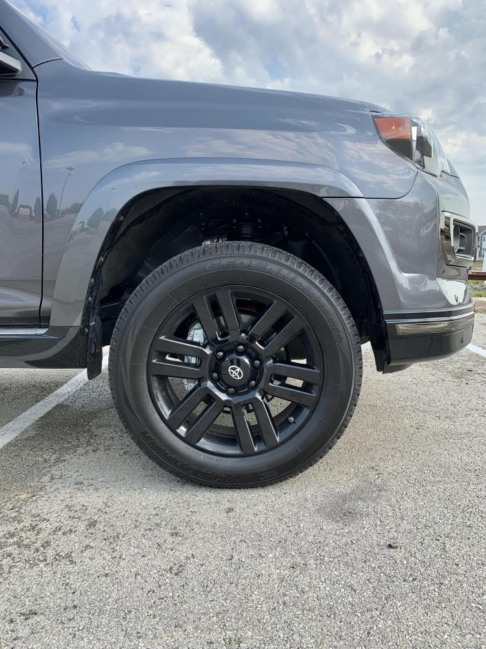 """2021 4Runner Limited: 2"""" front / 1"""" rear lift with 275/60R/20 tires ?-liftstockwheels1-jpg"""