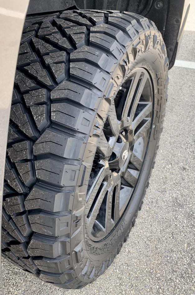 """2021 4Runner Limited: 2"""" front / 1"""" rear lift with 275/60R/20 tires ?-newtires5-jpg"""