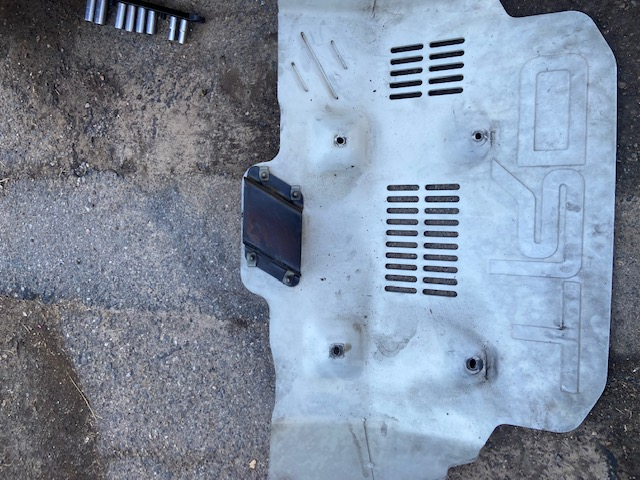 Air Ducting Attached to Skid Plate-da9ee0a7-620a-4104-8468-ec9bede16555-jpeg