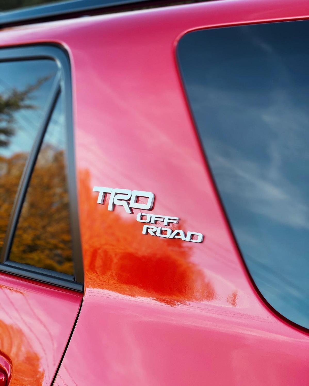 2019 4Runner TRD Off Road what color please thanks-3c1dba6b-ad30-4b29-9597-97fe0a404744-jpg