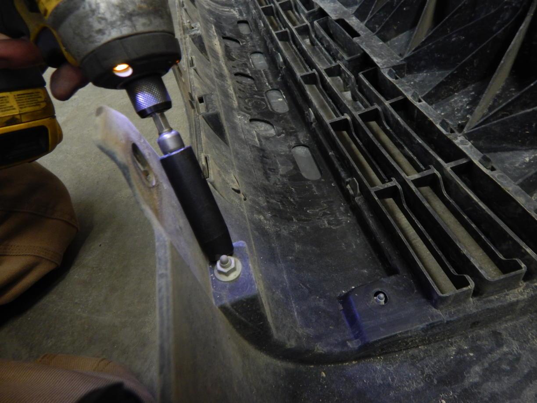 C4 FAB early 4th gen (03-05) Lo-Pro winch bumper install guide.-dscn4455-jpg
