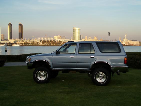 Any 2nds Gens without Running Boards?-runner4-jpg
