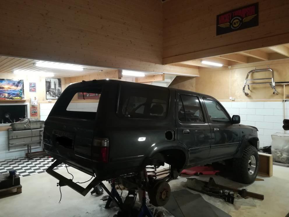 4R from North, Huge Rust repairs etc.-4rgarage-jpg