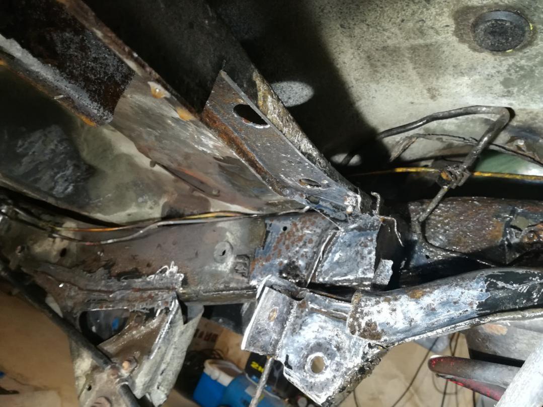 4R from North, Huge Rust repairs etc.-2-jpg